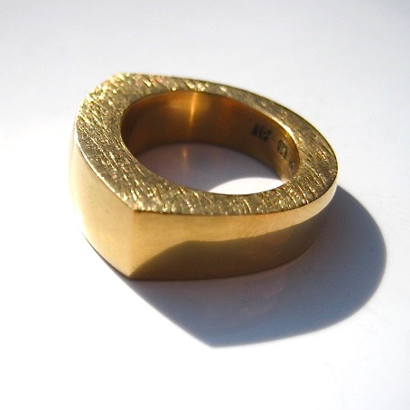 Tawny Phillips Gold Oval Slab Ring