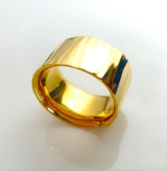 Tawny Phillips Gold Ripple Oval Dress Ring