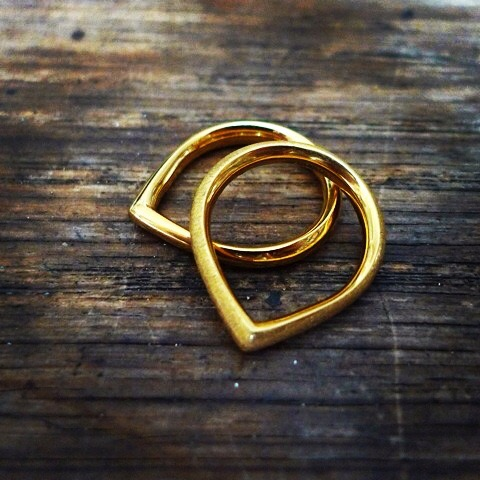 Tawny Phillips - Pair of Gold Teardrop Rings
