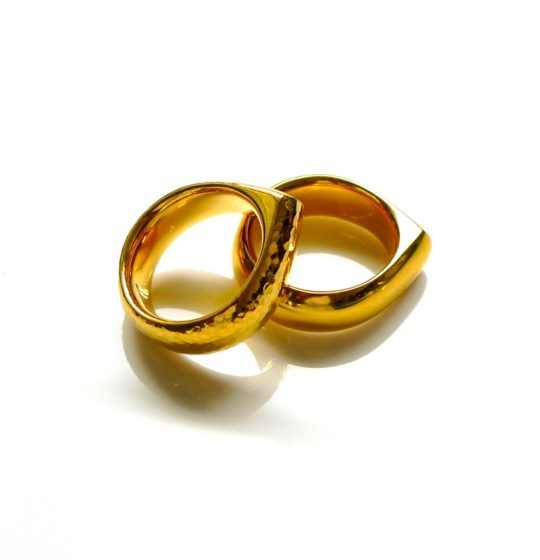 Tawny Phillips Pair of Heavyweight Gold Teardrop Wedding Rings